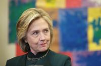 كلينتون تعتذر لاستخدامها بريدا إلكترونيا خاصا بمنصبها السابق