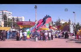 الأردنيون يقصدون المدن الترفيهية للترويح عن أنفسهم
