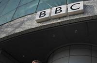 """كيف يعمل حزب المحافظين على تحجيم """"BBC""""؟"""