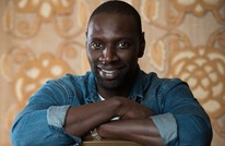 الممثل الفرنسي عمر سي يجد صعوبة بإتقان الإنجليزية