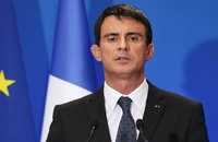 """عريضة تطالب """"فالس"""" بالاعتذار عن تصريحات مسيئة للمرأة التونسية"""