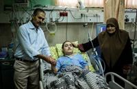 طالب فلسطيني مصاب بشلل رباعي يتفوق بالثانوية العامة