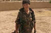 ديلي ميل: عارضة أزياء كندية سابقة قاتلت مع أكراد سوريا