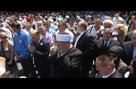 """سراييفو تستقبل رفات 127 بوسنيا من ضحايا مجزرة """"سربرنيتسا"""""""