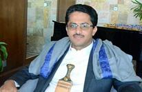 قيادي منشق عن الحوثي يوجه اتهاما مثيرا لسلطنة عمان