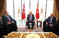 أردوغان يلتقي وزير الدفاع القطري بمقر الحزب الحاكم (صور)