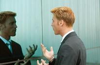 لستَ مجنونا.. الحديث مع النفس يساعد على تنظيم المشاعر
