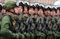 جندي روسي يقتل ضابطا واثنين من زملائه قبل مصرعه