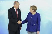 """أردوغان يلتقي ميركل في اسطنبول لـ""""بحث التعاون"""""""
