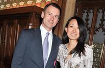 زلة لسان.. وزير خارجية بريطانيا يغير جنسية زوجته في بكين