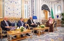 رؤساء حكومات لبنانية سابقون بالسعودية للقاء الملك سلمان