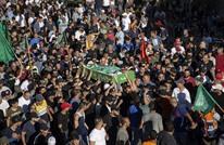 آلاف الفلسطينيين يشيعون جثمان الشهيد المقدسي محمد عبيد
