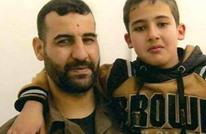 ظروف قاسية لم تمنع الفلسطيني محمود من النجاح بالتوجيهي (شاهد)