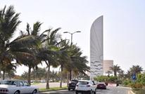مراسل التلفزيون السعودي بجدة يسقط بسبب حرارة الشمس (شاهد)
