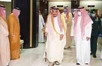الملك سلمان يغادر المستشفى بعد إجرائه عملية جراحية (شاهد)