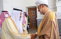 سلطان عُمان يزور السعودية ويجتمع بالملك سلمان في نيوم