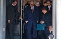 ما تأثير القضايا الدولية ضد حفتر على ترشحه لرئاسة ليبيا؟