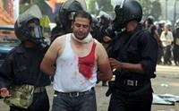 صحيفة مصرية: يجب إطلاق سراح متهمي اعتصام رابعة فورا