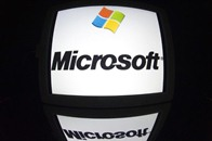 """""""مايكروسوفت"""" تتقدم بأول شكوى لها ضد """"سامسونغ"""""""