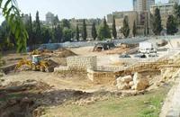 الأقصى للتراث: الاحتلال يدعو لمهرجان غنائي على مقبرة إسلامية