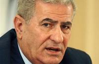 عباس زكي يمدح إيران ويرى حضور الفيصل مؤتمر باريس جريمة