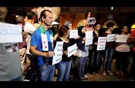 """ناشطون سوريون ولبنانيون يعتصمون في بيروت احتجاجا على """"مجزرة دوما"""""""