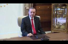 أردوغان يكلف داود أوغلو بتشكيل حكومة مؤقتة لتصريف الأعمال