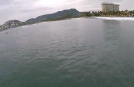 ركوب الأمواج في اكابولكو المكسيكية يواجه عنف العصابات