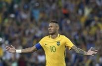نيمار يمنح البرازيل ذهبية كرة القدم الثمينة