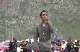 فرسان التيبت يحيون مهرجان السباقات السنوي