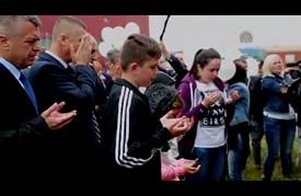 البوسنة الهرسك تحيي الذكرى 24 لإغلاق معسكر الموت بمدينة برييدور