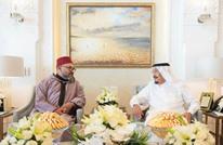 عاهل المغرب يزور الملك سلمان في مقر إقامته بطنجة