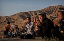 تبرير صيني غريب لاحتجاز مليون مسلم بمعسكرات سرية