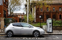 لندن تقترب من حظر استخدام السيارات غير الكهربائية