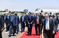 رئيس وزراء مصر يصل الخرطوم لبحث العلاقات الثنائية مع السودان