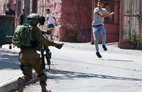 الاحتلال يصيب فلسطينيا من ذوي الإعاقة ويعتقل آخرين