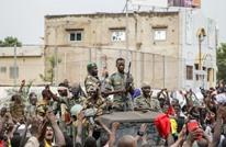 انقلاب عسكري بمالي.. الرئيس يستقيل ووعود بحكم مدني (شاهد)