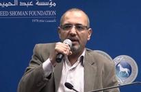 حملة إلكترونية للإفراج عن رسام الكاريكاتير عماد حجاج
