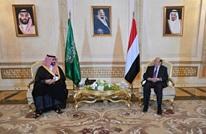 هادي يبحث مع نائب وزير الدفاع السعودي تحديات أزمة اليمن