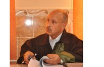 مفكر جزائري: أدعو الإعلاميين المتدينين للتوبة إلى الله
