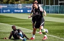 ميسي يترك تدريبات سان جيرمان ويعود لبرشلونة.. ما السبب؟