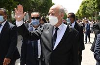 سعيد: جهات تدفع رواتب للشباب لحثهم على مغادرة تونس