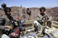 الحوثيون يعلنون التزامهم بهدنة التحالف العربي ثم يخرقونها