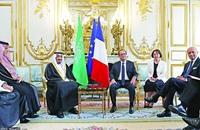 أولاند: باريس والرياض سيزودان لبنان بتجهيزات تحقق أمنه