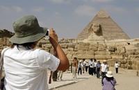 استمرار مسلسل هروب السائحين الأجانب من مصر