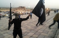 خطيب تنظيم الدولة في الموصل يتوعد قاسم سليماني