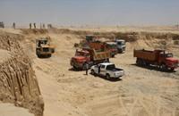 """خبراء ينتقدون إهدار موارد مصر في """"القناة السويس الجديدة"""""""