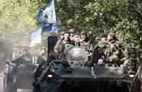 القوات الحكومية والانفصاليون يتبادلون الأسرى بأوكرانيا