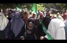مسيرة في غزة تستنكر اقتحام الشرطة الإسرائيلية للمسجد الأقصى