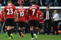 يونايتد يودع كأس الرابطة الإنجليزية على أرضه أمام ميدلسبره